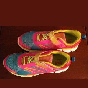 Girls Size 5 Everlast Sneakers Neon Pink Green Blu